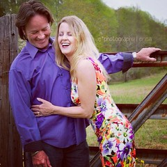 happy couple #ephotographyerica #ericaharper #minisessions #photographer #northcarolinaphotographer #hickoryphotographer