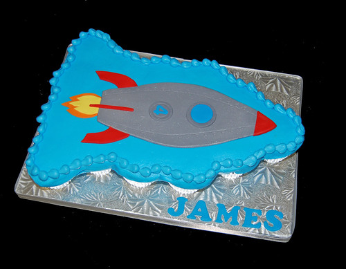 4th birthday rocket ship cupcake cake