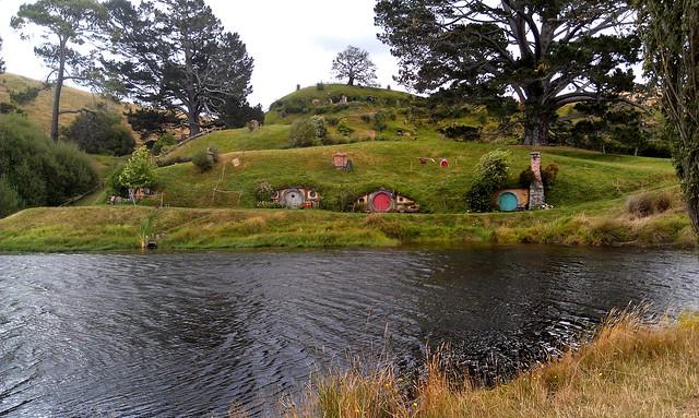 hobbiton-houses
