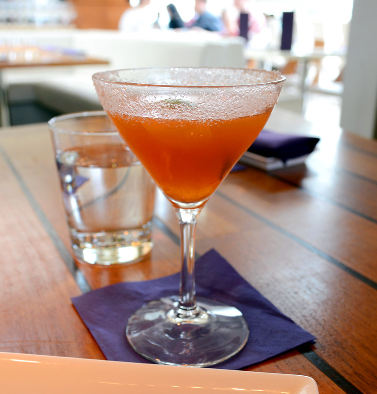 Three Headed Elephant - casadores anejo, apricot liquer, sriracha, citrus