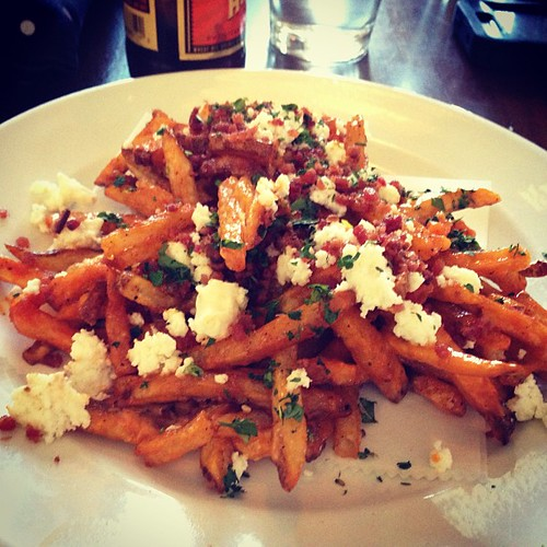 Kitchen fries. Girls happy hour. #bin707 #yum