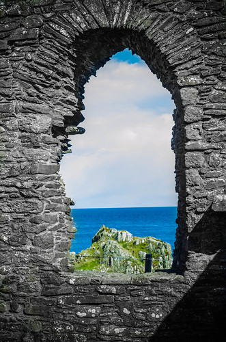 sea bw window stone religious bay scotland seaside arch view stonework chapel historic landing whithorn pilgrimage pilgrim galloway stninian isleofwhithorn
