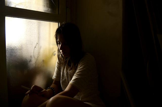 """""""Bisogna imparare a stare da soli, solo così si può imparare a stare con gli altri. Altrimenti ci stai perchè ne hai bisogno. Bisogna fare a scuola un'ora di insegnamento alla solitudine, imparare a bastarsi."""""""