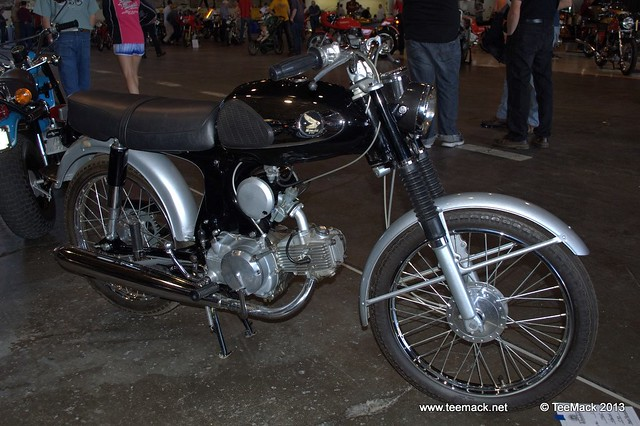 Flickriver recent photos from fairfax kansas city ks for Honda motorcycle dealership kansas city