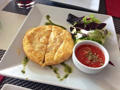 Tortilla de patata - Restaurante Lounge En copa de balón