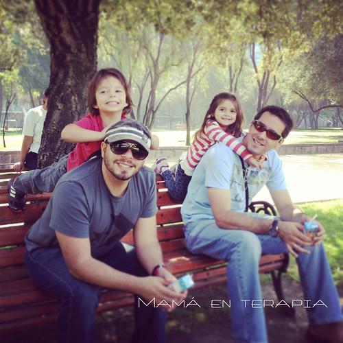 papás e hijos