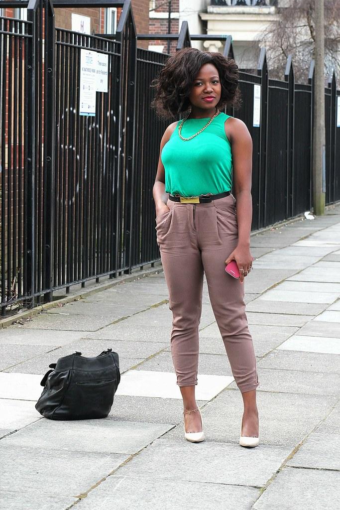 green top, green blouse, khaki pants, brown pants, brown cropped pants, khaki cropped pants, green blouse, needle heel shoes, pin shoes