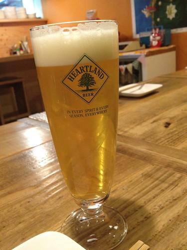 生ビールはハートランド@ピーナッツ食堂