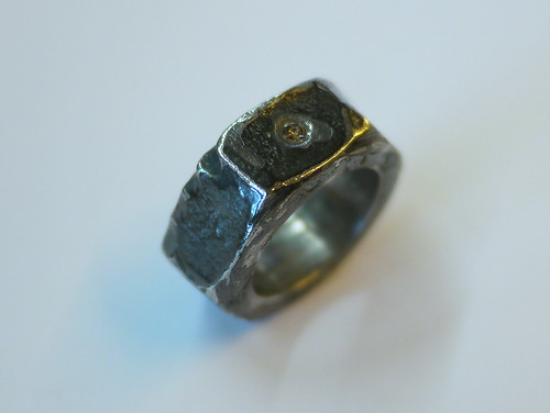 Nut Ring With Champagne Diamond - 1