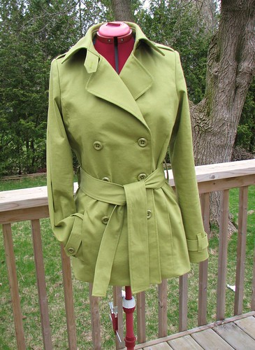 McCall's 5525 - Green Trench