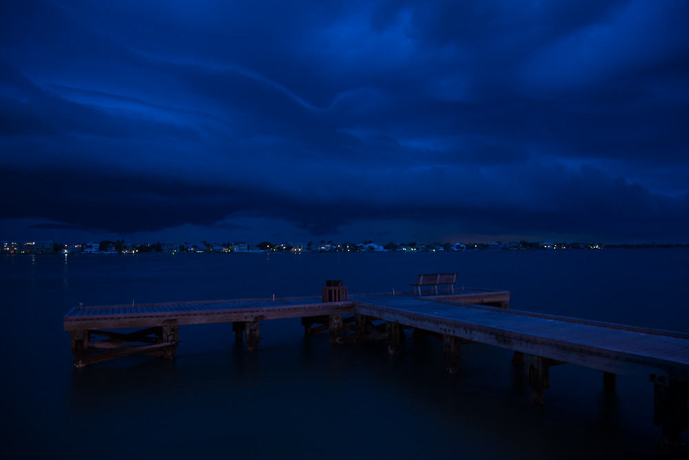 Storms rolling up #TampaBay over Tierra Verde from Pass-A-Grille on #StPete Beach, 3