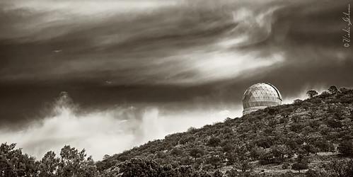 storm clouds telescope astronomy mcdonaldobservatory hobbyeberlytelescope mountfolkes