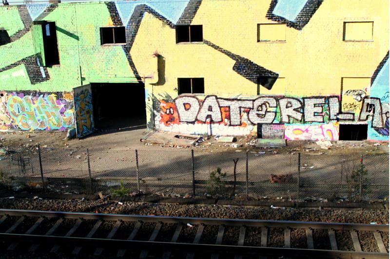 GRAFFITTI WALL