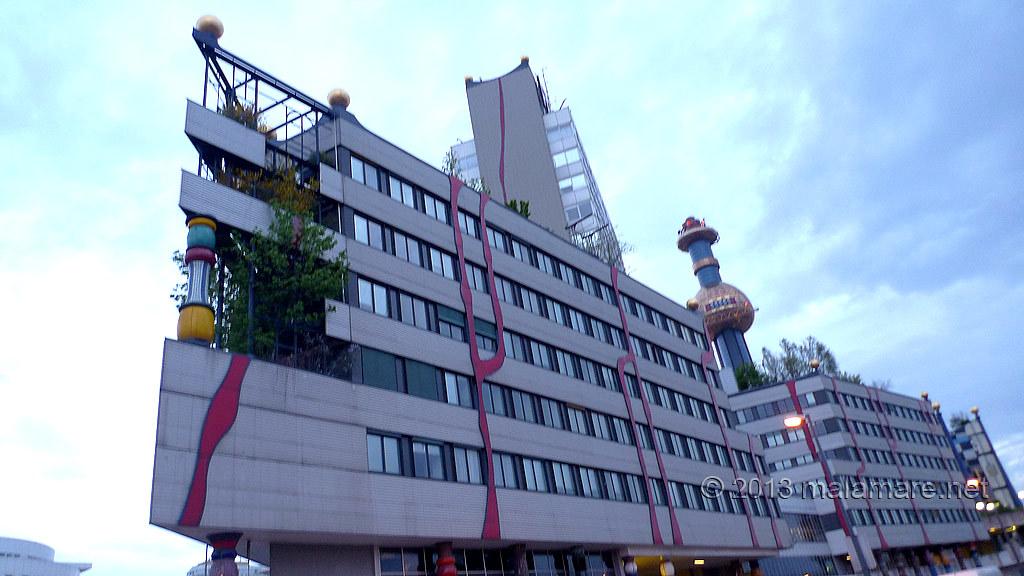 Vienna Spittelau Hundertwasser