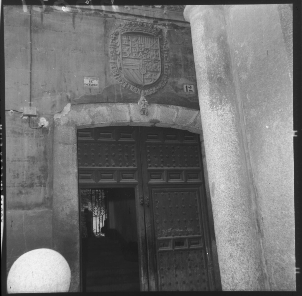 Casa de la Moneda en los años 50 cuando acogía la fábrica de Mazapán de José Barroso. Fotografía de Cristóbal Portillo © Archivo Regional de la Comunidad de Madrid, fondo fotográfico