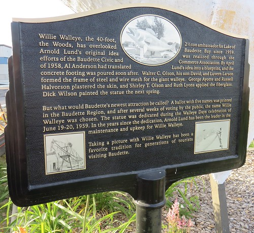 minnesota mn lakeofthewoodscounty baudette worldslargestthings roadsideamerica fish minnesotahistoricalmarkers northamerica unitedstates us