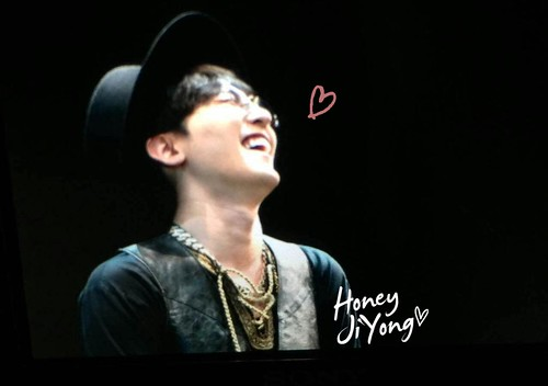 G-Dragon - V.I.P GATHERING in Harbin - 21mar2015 - honeyjiyong - 04