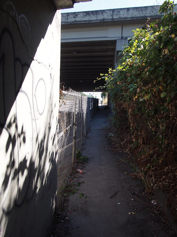 Sidewalk to Fremont Street: I walked along here to avoid a hairy left turn in traffic.