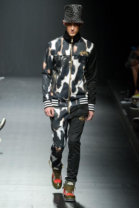 Robin Barnet3070_FW13 Tokyo DRESSCAMP(apparel-web.com)