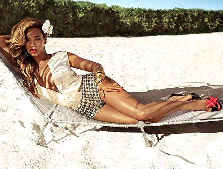 BEYONCE AS MRS CARTER FOR H&M