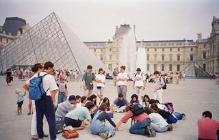 Louvre museoan