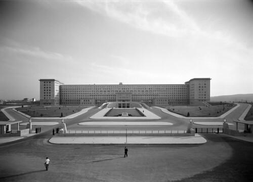 Hospital de Sancta Maria, Lisboa (H. Novaes, c. 1953)