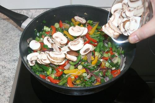 34 - Champignons hinzufügen / Add mushrooms
