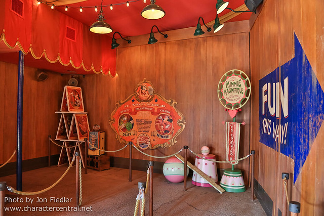WDW Spring 2013 - Pete's Silly Sideshow