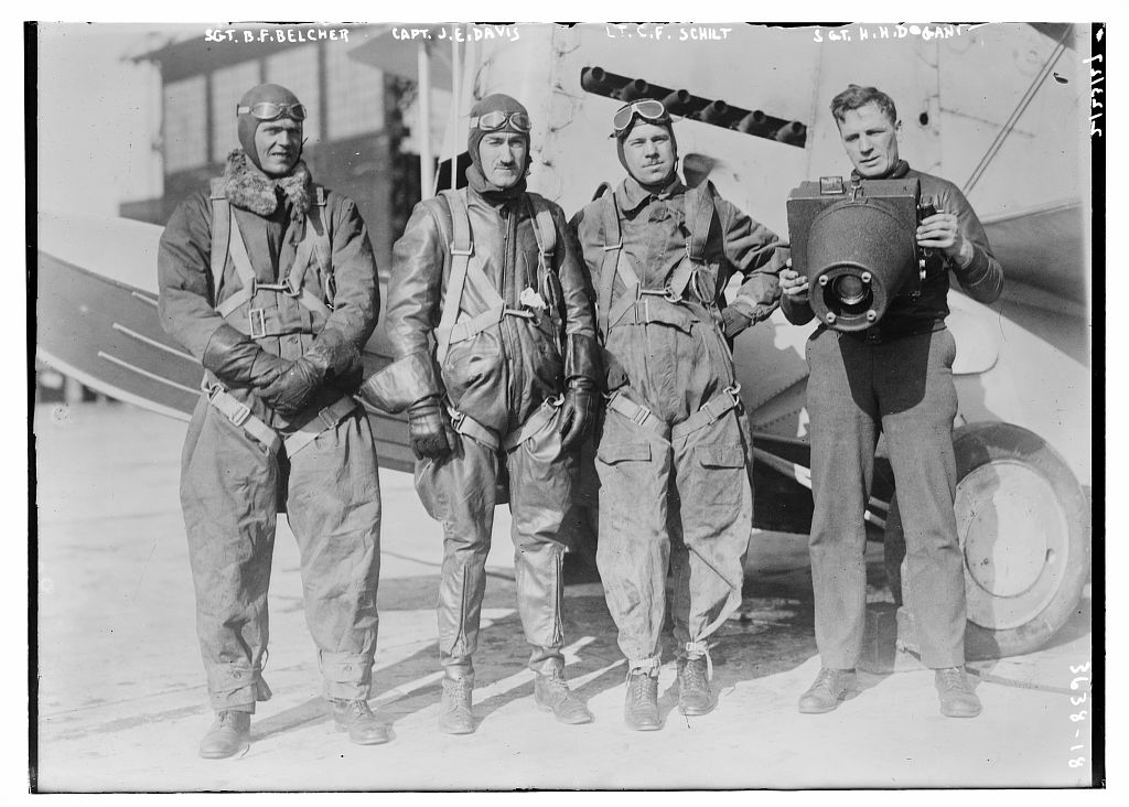 Sgt. B.F. Belcher, Capt. J.E. Davis, Lt. C.F. Schilt, Sgt. H.H. Dogant  (LOC)
