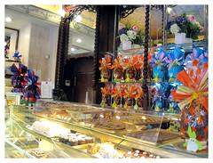 Foto del interior de pastelería Mauri