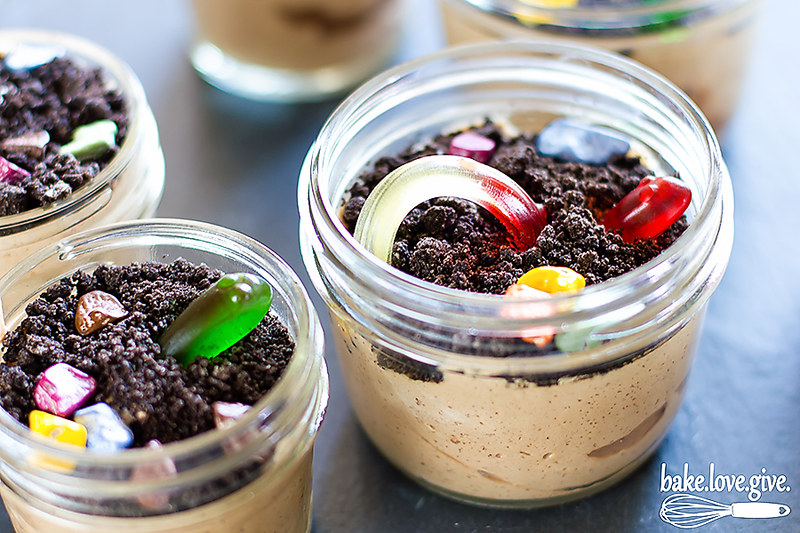 edible chocolate mousse gardens - happy earth day!