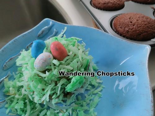 Robin's Egg Nest Easter Cupcakes 5