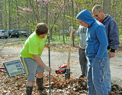 Scouts from Boy Scouts of America Troop 88 dig a hole for a new interpretative sign. (Forest Service photo/Tiffany Holloway)