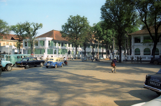 SAIGON 1967 - Quảng trường Kennedy - Photo by Ken