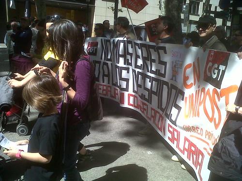 1 Maig 2013 Pancarta No al ERO a #UNIPOST Manifestació CGT a Barcelona #1maig2013 #1maigCGT