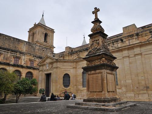 St John's courtyard