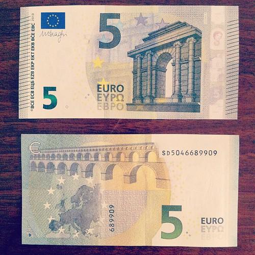 Lifting #euro #new #life #style #newStyle #money #ig #igers #intagramers #instant #instaphoto #instart #instacool #instagood #instalife #iphonesia #igersnapoli #igersitalia #instanapoli #instaitalia #statigram #scatti_italiani #all_shots #jj #instamood #i