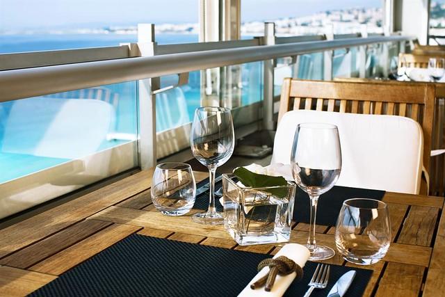 Le Meridien Nice—La Terrasse - panoramic restaurant
