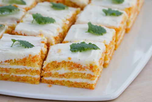 Porgandi-toorjuustukook / Carrot and cream cheese cake