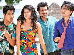 [Poster for Chashme Baddoor with Chashme Baddoor, David Dhawan, Ali Zafar, Siddharth, Tapsee Pannu, Rishi Kapoor, Juhi Chawla, Anupam Kher, Sonu Nigam]