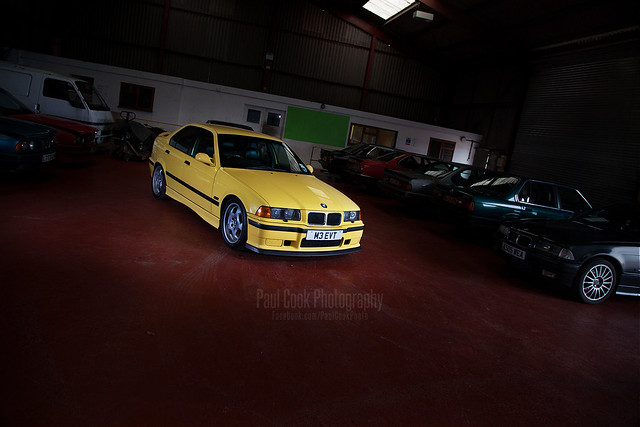 Dakar yellow E36 M3