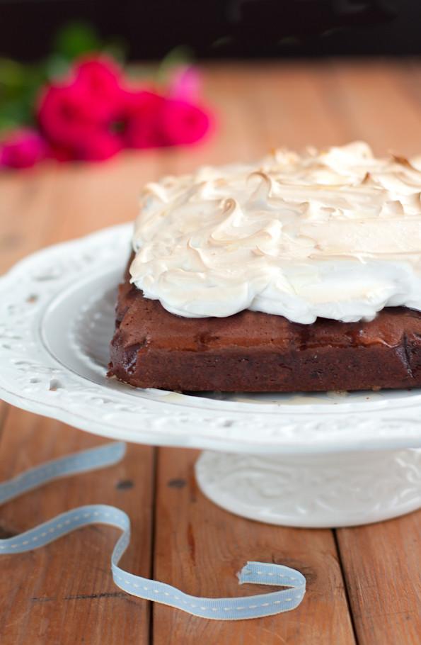 Brownies alla vernaccia e meringa