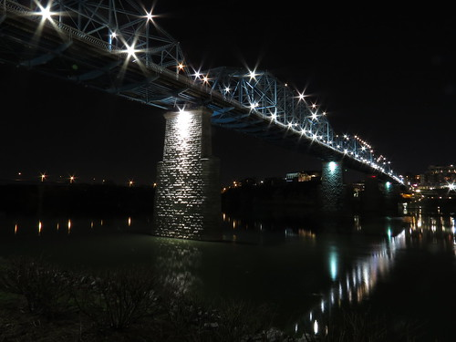 Walnut Street Bridge at Night