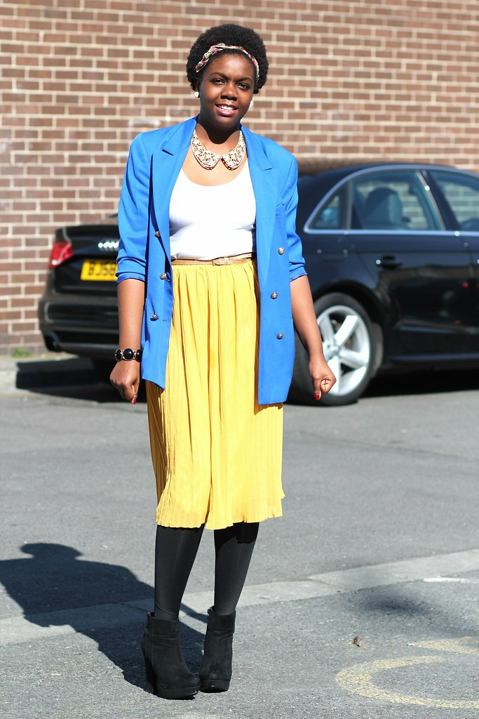 yellow accordion pleat skirt, bright colour accordion skirt, blue oversized blazer, belt, boots and a white top for a bold statement look, , bright colour accordion pleat skirt, oversized blazer, accordion pleat skirt with denim, accordion pleat skirt with a blouse, accordion pleat skirt with a tank top, accordion pleat skirt with a crop top, accordion pleat skirt with a blazer