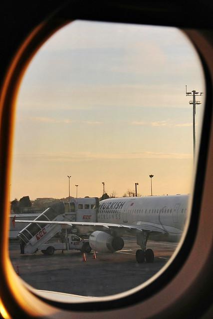 Istanbul Ataturk Airport before take-off, Turkey イスタンブール、アタチュルク空港