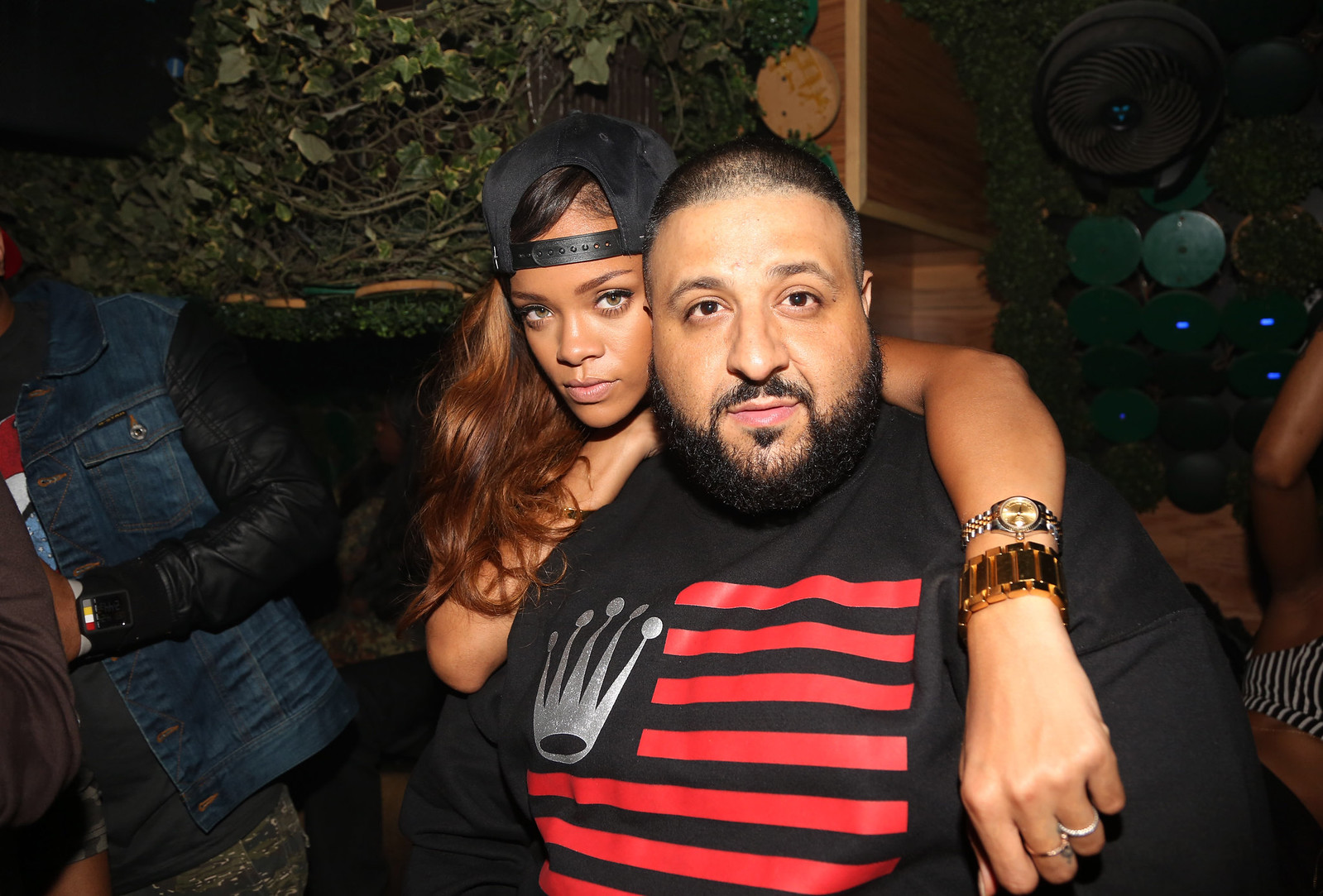 Photo of DJ Khaled & his friend  Rihanna