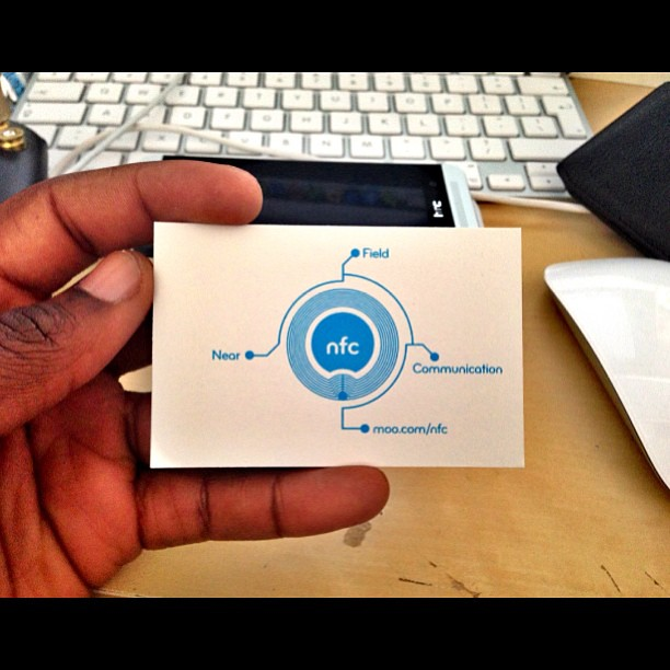 NFC business cards from Moo