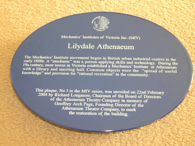 Photo of Lilydale Athenaeum blue plaque