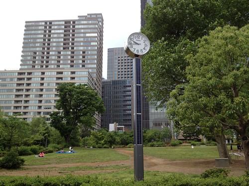東京ミッドタウン裏?の公園に出てきました。 by haruhiko_iyota