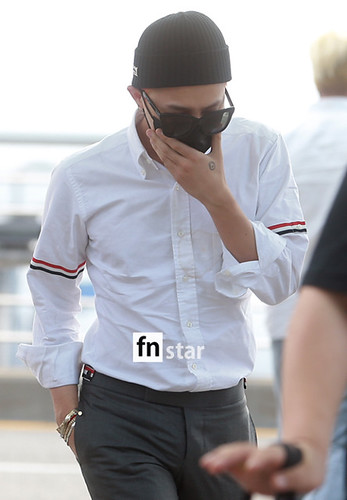 BIGBANG Incheon Airport to Shanghai Press 2015-06-19 045